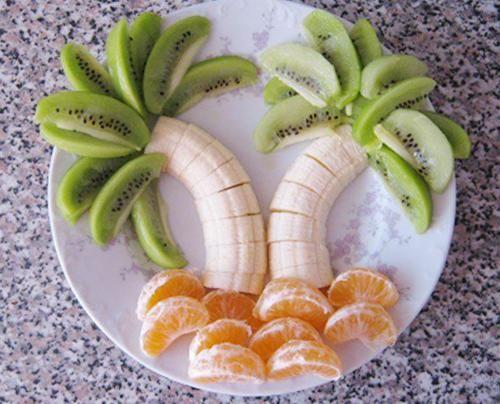 Piatto di frutta creativo