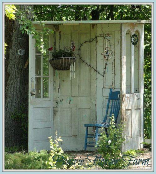 D corer le jardin en recyclant des vieilles portes 20 - Decorer une porte ...