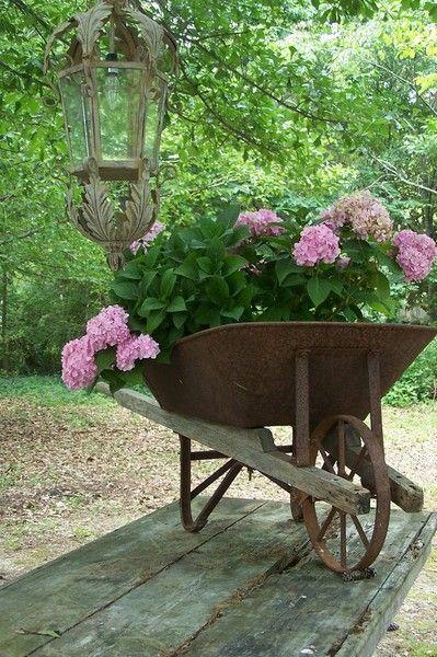 carriola con fiori 10