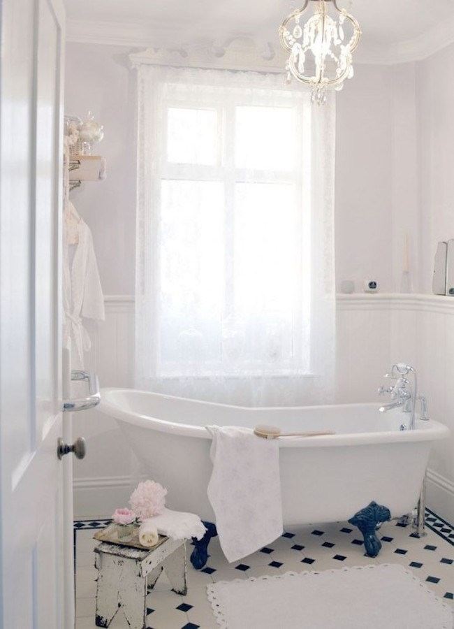 shabby-chic-bathroom-3