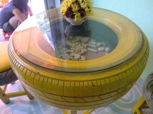 tavolo con pneumatico