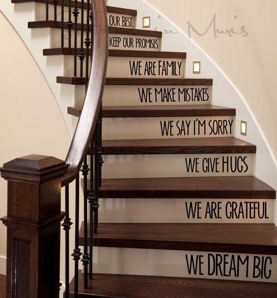 decorazione scale casa 2