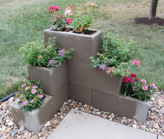 fioriera blocchi di cemento 10