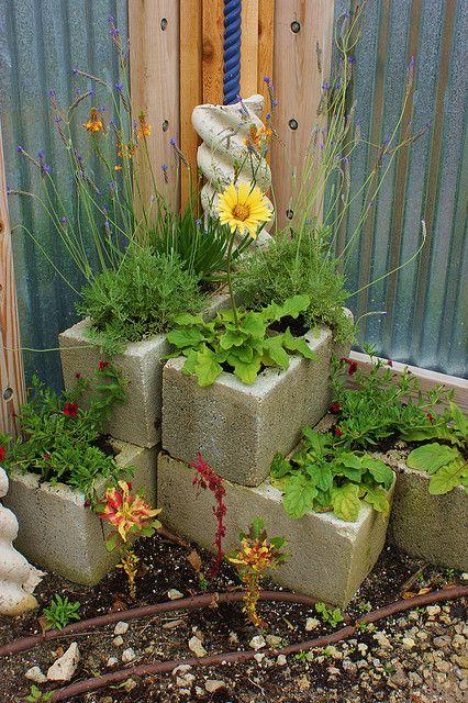 fioriera blocchi di cemento 13