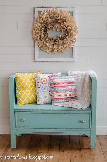 transformer un vieux meuble en un superbe divan 20 id es. Black Bedroom Furniture Sets. Home Design Ideas