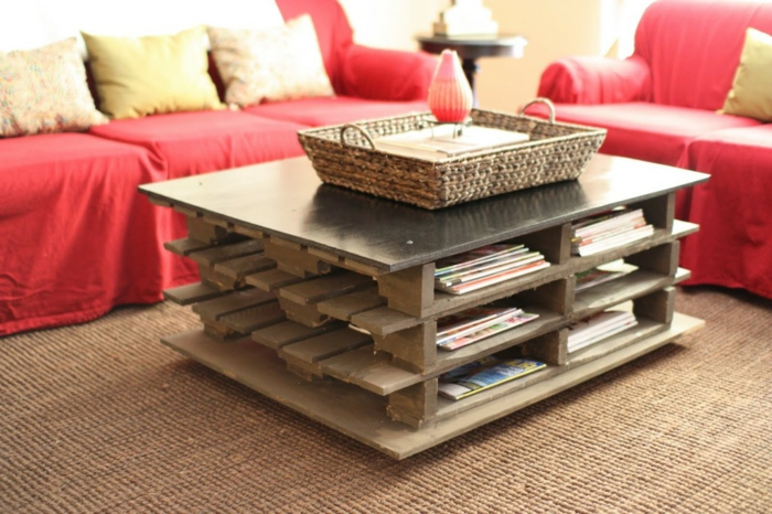 table-basse-avec-palette-idee-creative-sofa1