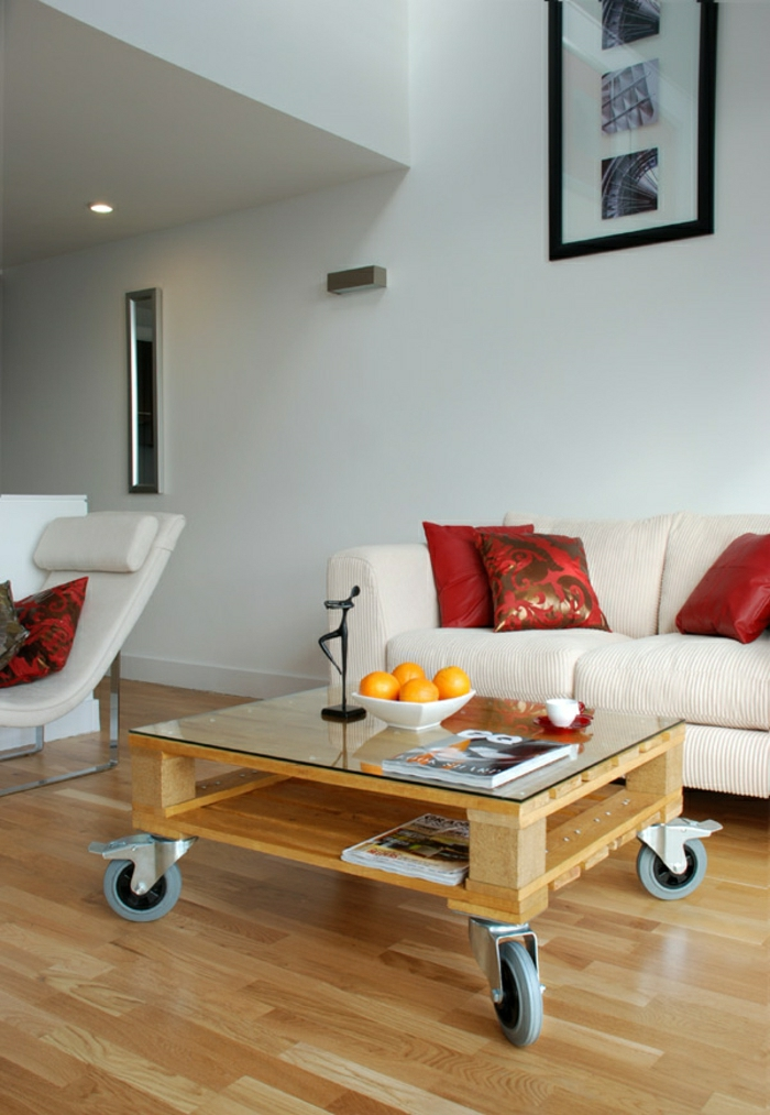 transformer une palette en une superbe table basse 53 id es. Black Bedroom Furniture Sets. Home Design Ideas