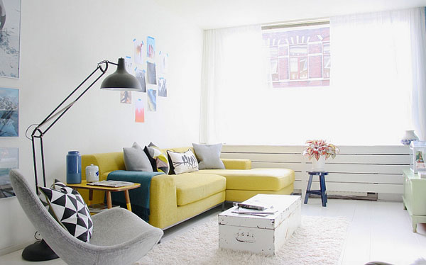Smart-floor-lamp-brings-a-hint-of-grey-into-the-room