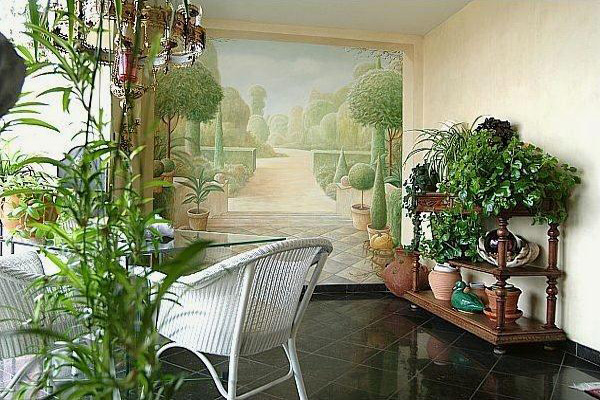 Tropical-Living-Room-Wall-Murals-Design