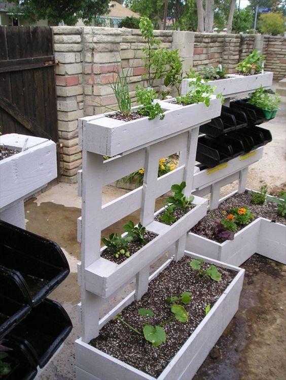 Créations en palettes pour votre jardin! 20 idées...