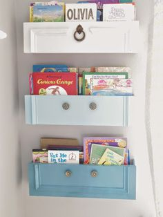 vieux tiroirs se transforment en étagères