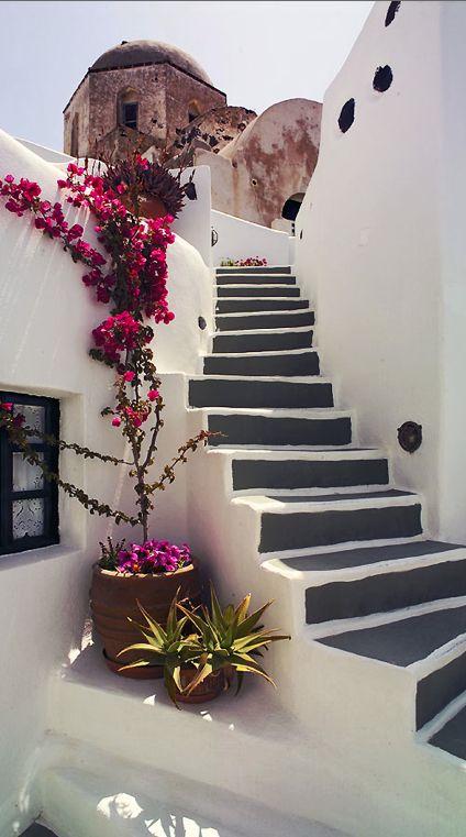 Décorer les escaliers avec des fleurs