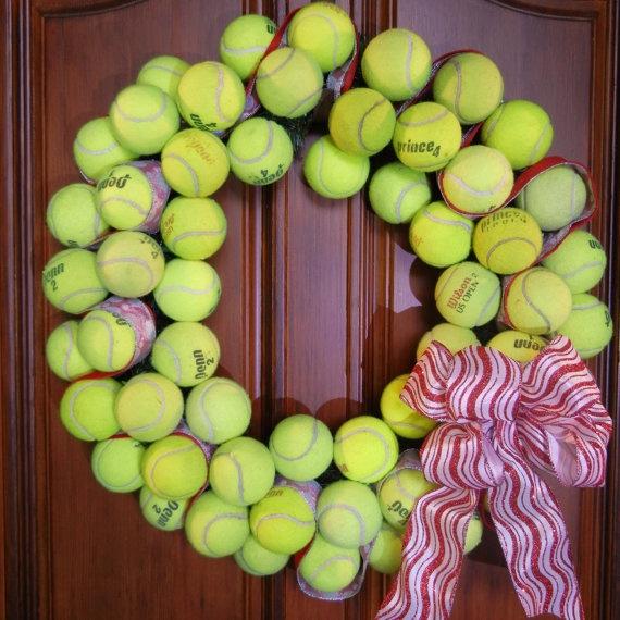 Déco avec les vieilles balles de tennis