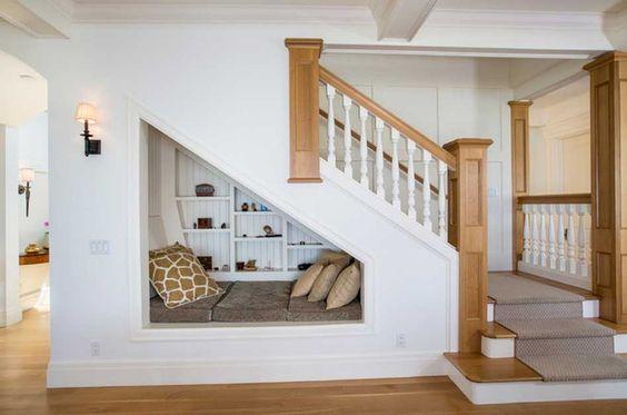 coin relax sous escalier