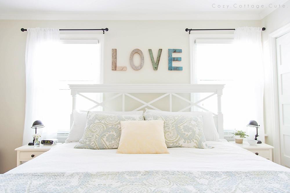 Écriture murale dans la chambre à coucher