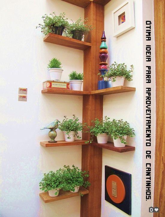 Habiller un angle avec des étagères