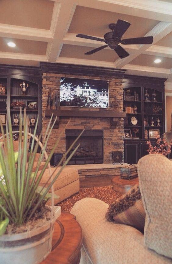 parete-televisione-con-pietre-14