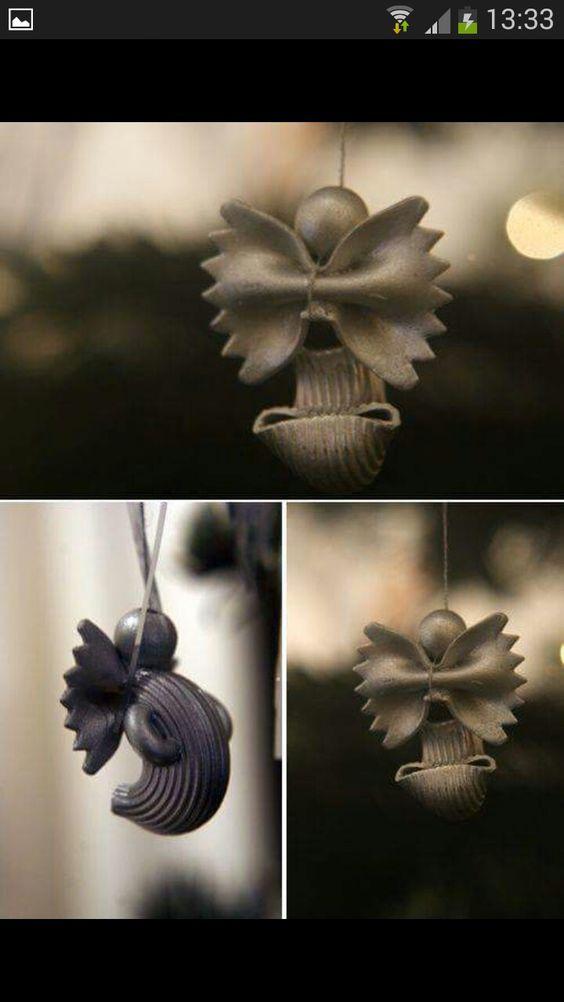 decorare-albero-di-natale-con-pasta-15