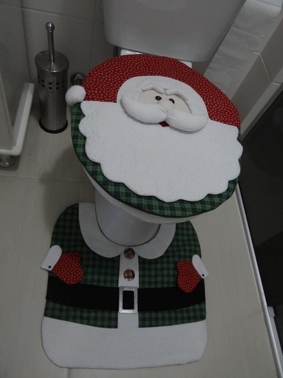 D corer les toilettes noel 13 id es tr s sympa pour vous inspirer for Decorer les toilettes
