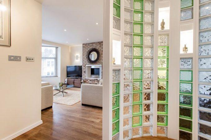 D co originale avec des briques de verre 20 id es pour vous inspirer - Brique de verre cuisine ...