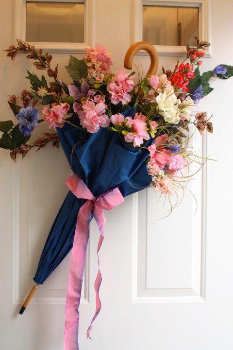 Composizioni floreali con ombrello