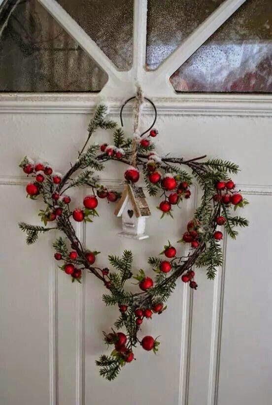 decorazione con ramo di pino 10