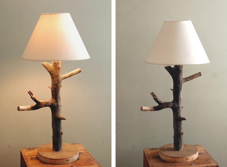 cr er une lampe avec un tronc d 39 arbre 20 id es sublimes. Black Bedroom Furniture Sets. Home Design Ideas