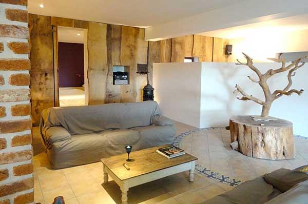 Marier le bois dans le salon