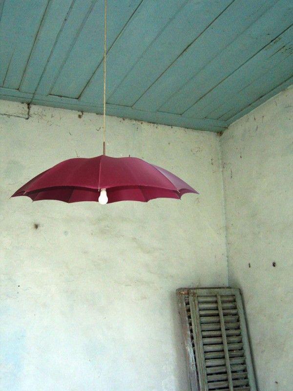 Recycler les parapluies cassés