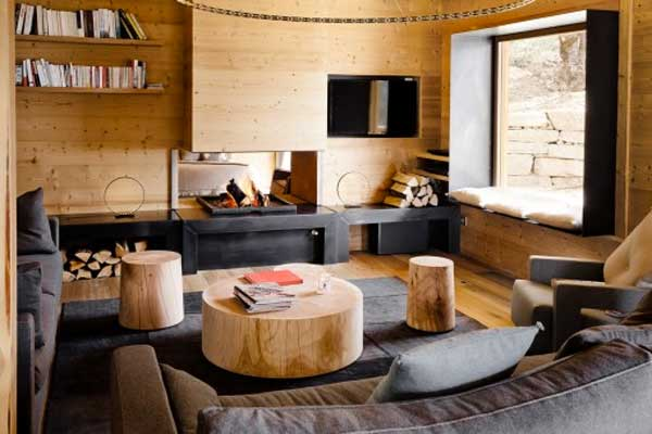 abbinare legno e grigio nel salone