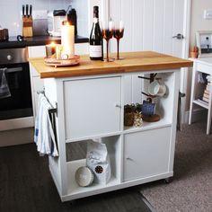 idee scaffali IKEA isola cucina 19