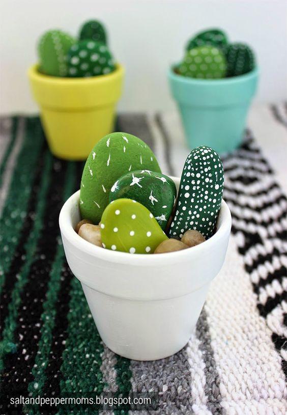Faire des cactus avec des galets