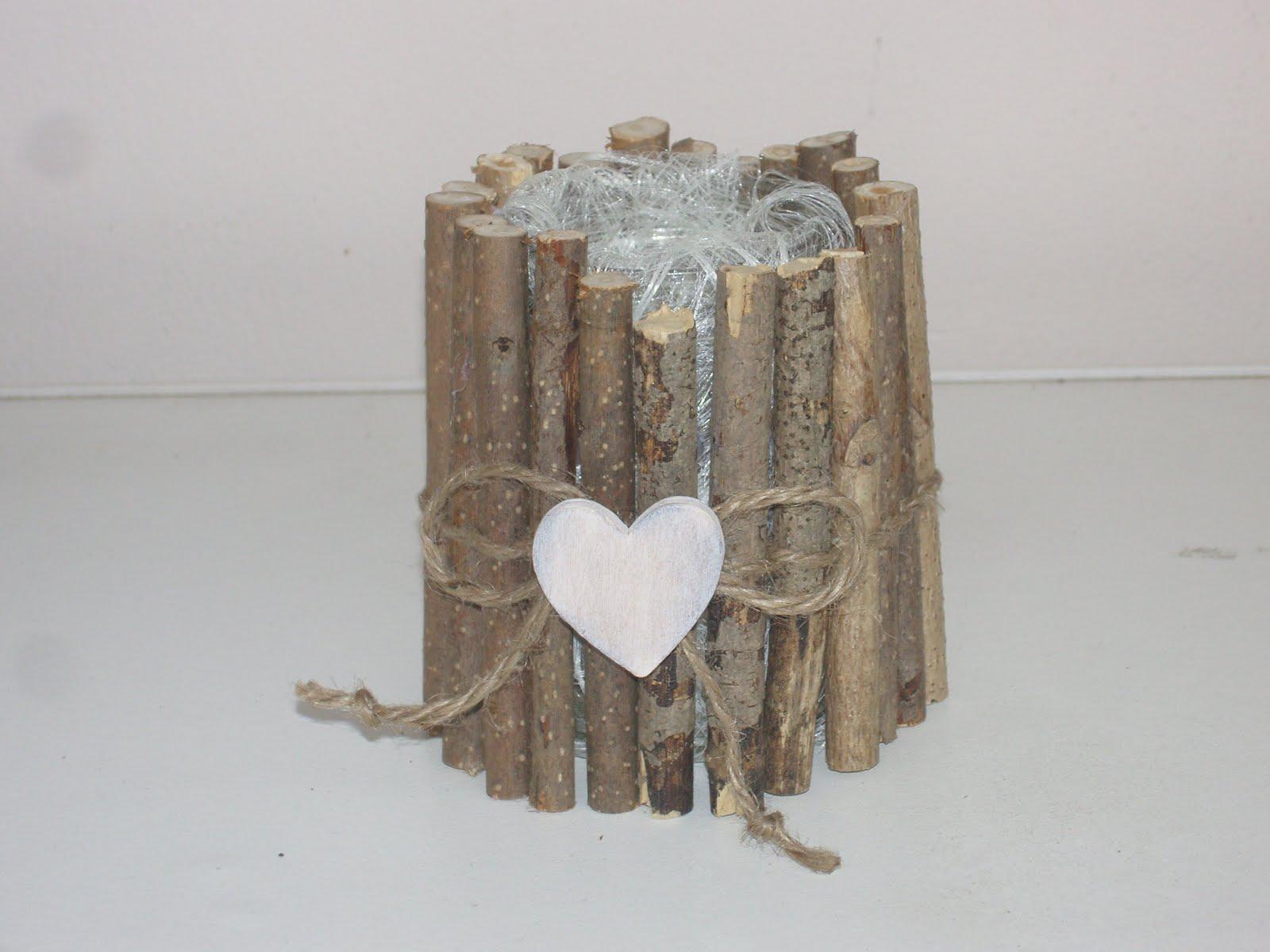 Un cache pot avec bois et brindilles 20 id es originales pour trouver l 39 inspi - Piscina fai da te legno ...
