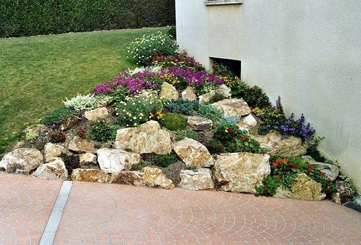 R aliser un jardin de pierres 20 exemples laissez vous inspirer video - Idee giardino in pendenza ...