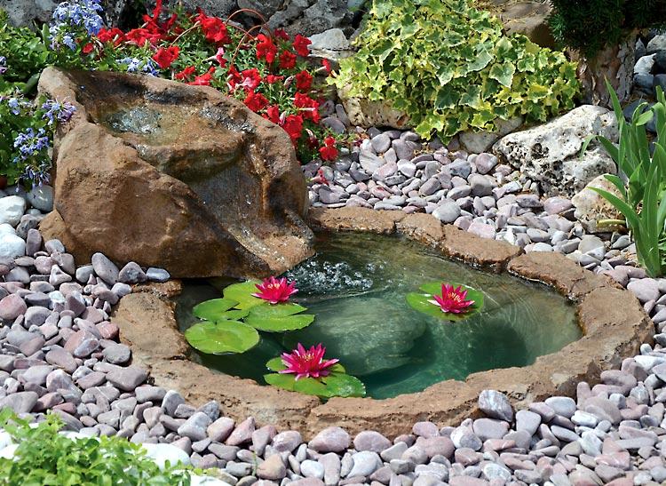 Costruire un laghetto da giardino in cemento i laghetti prefabbricati una comoda soluzione per - Costruire un giardino ...