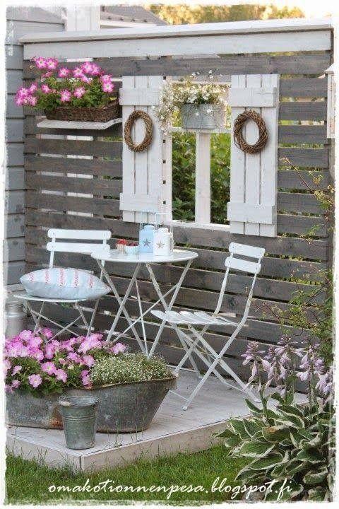 salon original dans le jardin