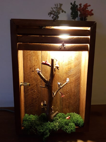 Cr 233 Er Une Lampe Avec Une Caisse En Bois 17 Id 233 Es