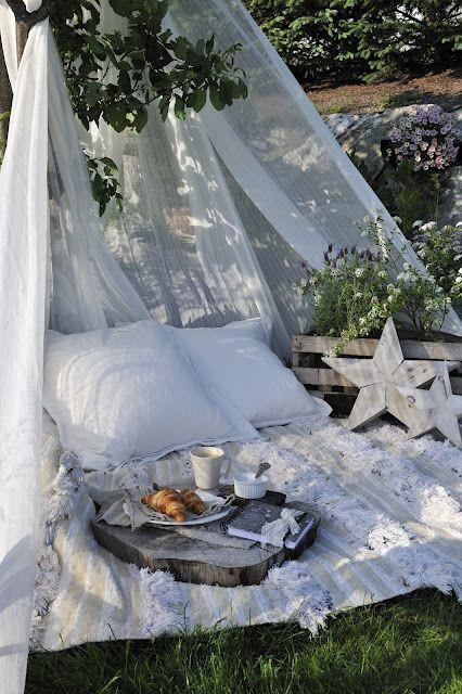 un petit coin relax dans le jardin