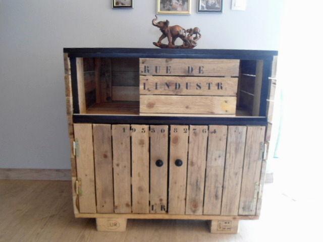 relooker un meuble ikea avec des palettes 20 exemples inspirants. Black Bedroom Furniture Sets. Home Design Ideas