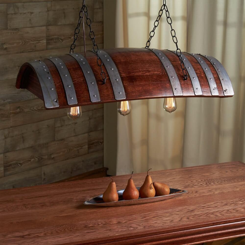 Déco maison récup avec vieux tonneau en bois