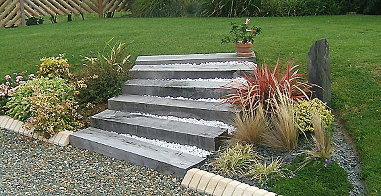 Escalier jardin bois pierre escalier jardin portland for Escalier bois de jardin