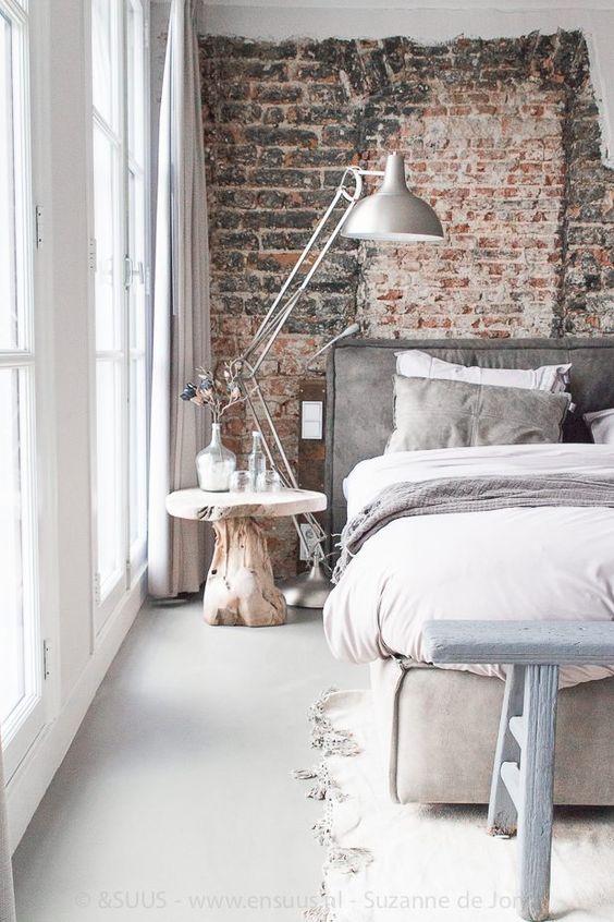 Décorer le mur au-dessus du lit