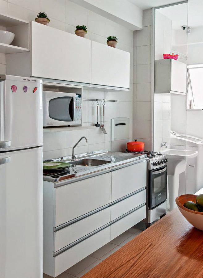 comment decorer ma petite cuisine simple astuces dco comment agrandir une petite cuisine with. Black Bedroom Furniture Sets. Home Design Ideas