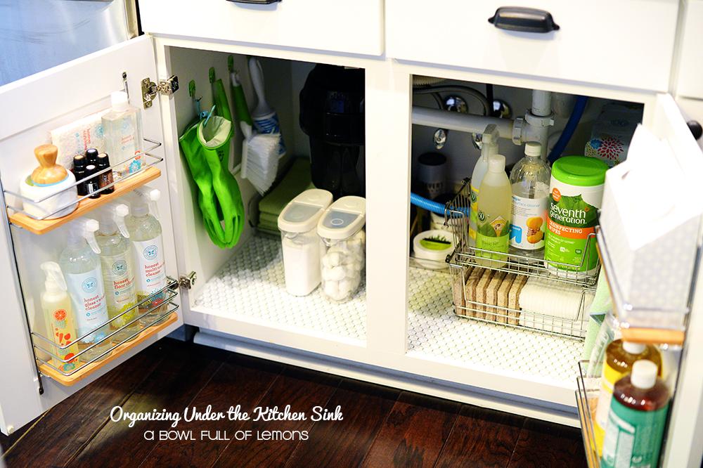 Comment ranger sous le lavabo de la cuisine
