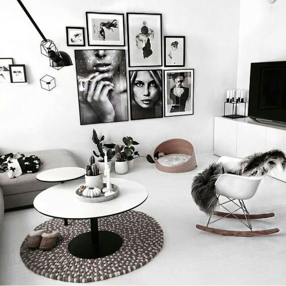 un mur de cadres pour d corer son int rieur 15 id es inspirantes. Black Bedroom Furniture Sets. Home Design Ideas