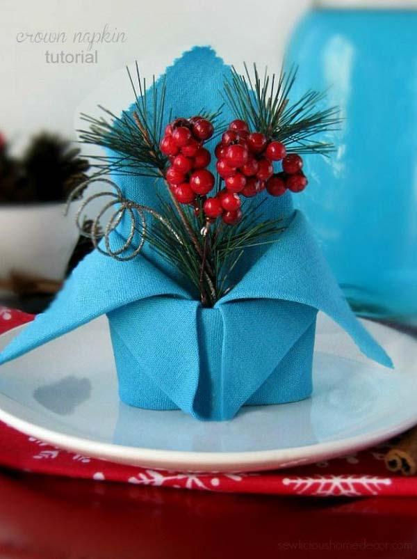 Pliages de serviettes pour une table de Noel