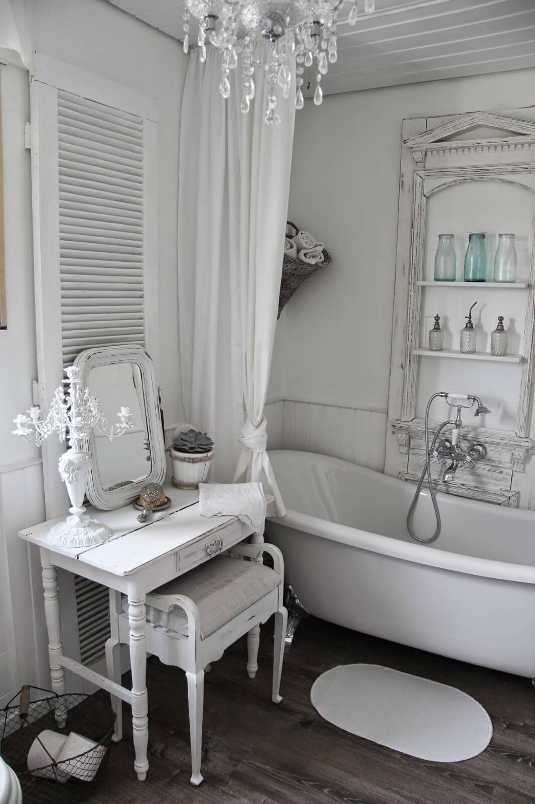 salle de bain shabby chic voici 20 id es qui sauront vous inspirer. Black Bedroom Furniture Sets. Home Design Ideas