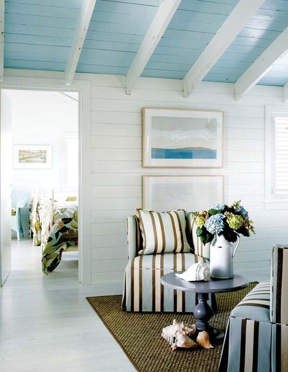 peindre le plafond en couleur 20 exemples pour vous donner une id e. Black Bedroom Furniture Sets. Home Design Ideas