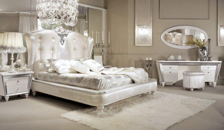 Déco chambre blanc et argent