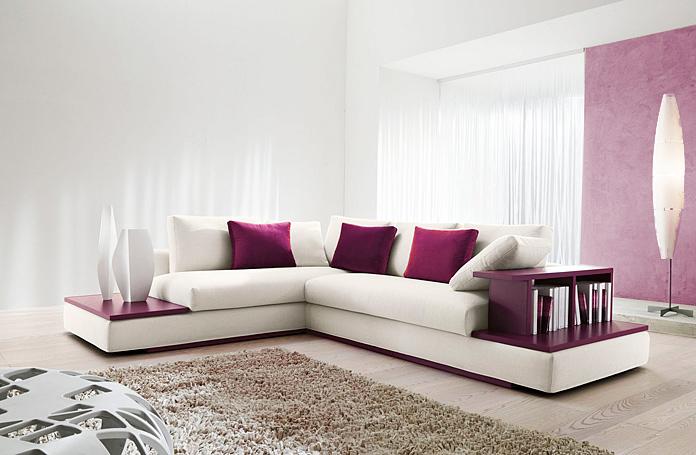 Accorder un divan blanc dans sa déco